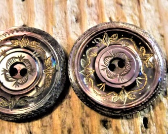 Vintage Pair of Mother of Pearl Buttons