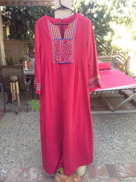 VINTAGE HIPPIE DRESS