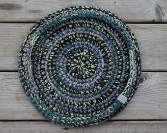 Cozy Crochet Cat bed // CUSTOM Color & Size // Multi-colored