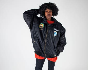 Ladies army bomber jacket / Men's bomber jacket / Black vintage patched bomber jacket / Vintage flight jacket / Oversized jacket / Size XXL