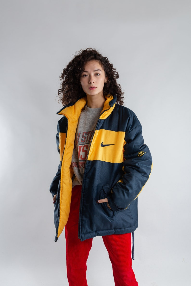 4fb151fdd3d5 Blue and yellow oversized coach jacket   Vintage padded