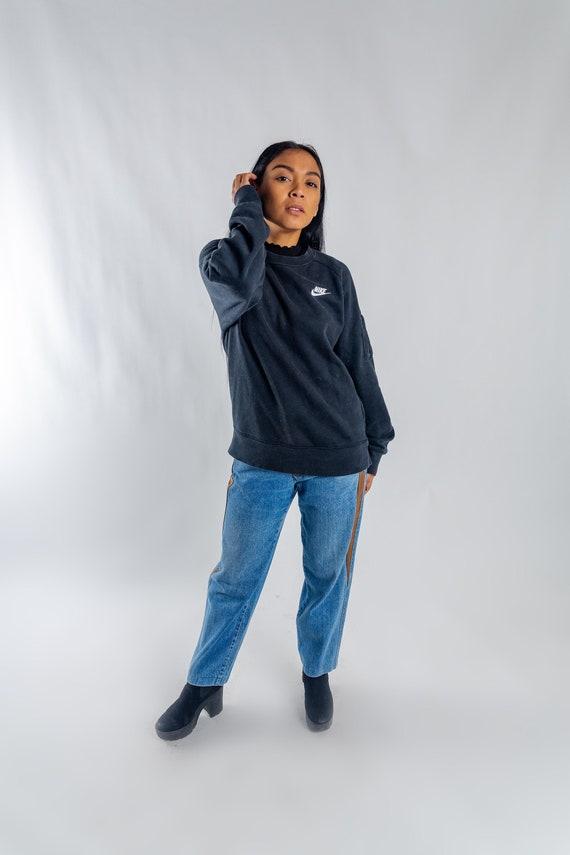 Black vintage Nike sports sweatshirt   90s Nike sweater    2ad160b66