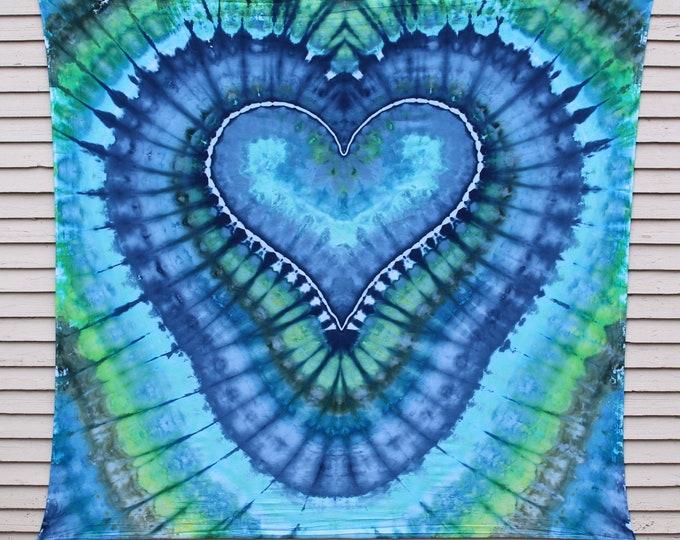 Tie Dye Tapestry | Heart Tapestry