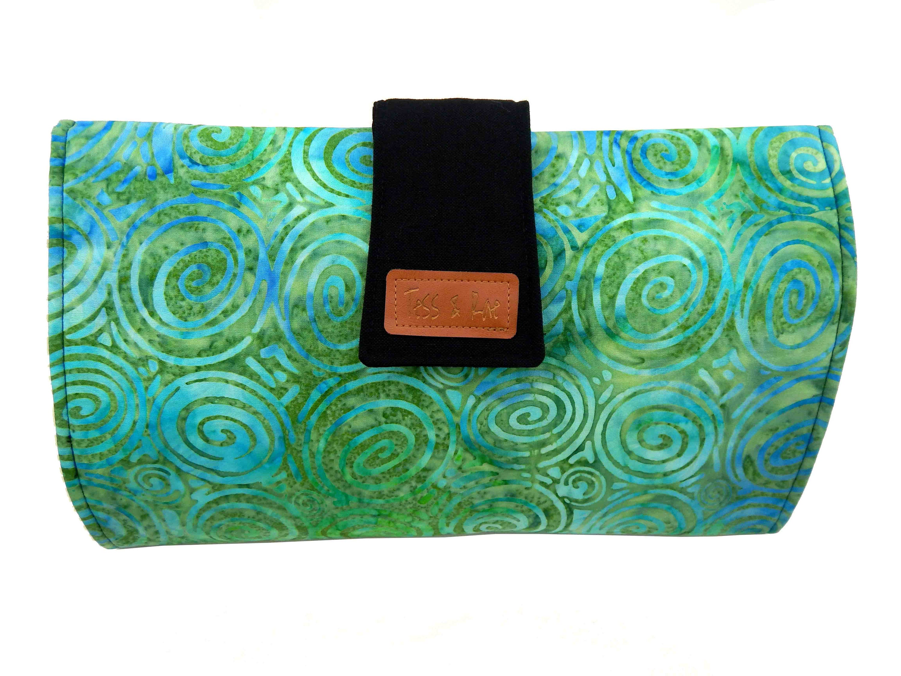 nappy bag diaper bag Baby shower gift laminate cotton Tess /& Rae portable Baby Change Mat Clutch fold out changemat nappy wallet
