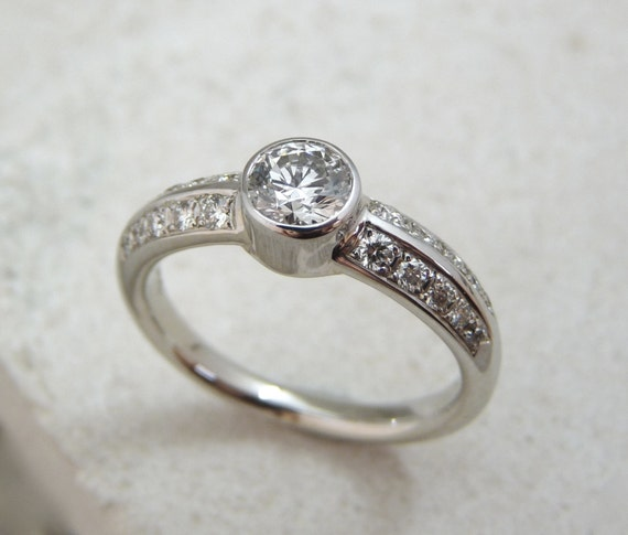 bague diamant sertie clos