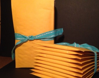 Padded shipping envelopes - kraft paper with interior Bubble wrap cushion Etsy mailer packing