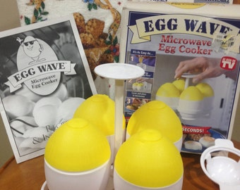 Vintage 4 Microwave Egg Caddy (NIB)