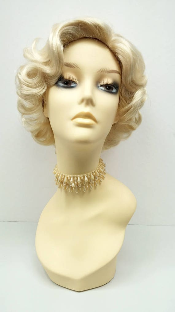 1950s Fashion History: Women's Clothing 50s Style Short Marilyn Monroe Blonde Costume Wig. Doris Day Wig. [01-7-Marilyn-613] $39.99 AT vintagedancer.com