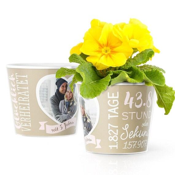 Hölzerne Hochzeit Geschenk Blumentopf Zum 5hochzeitstag Mit Bilderrahmen Für Ein Gemeinsames Foto 10x15 Glücklich Verheiratet 5 Jahre
