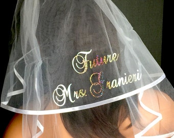 Bridal Veil, PERSONALIZED ,Monogrammed Veil, Bridal Shower Veil, Hen Party,Engagement Announcement Veil By Val's Veils