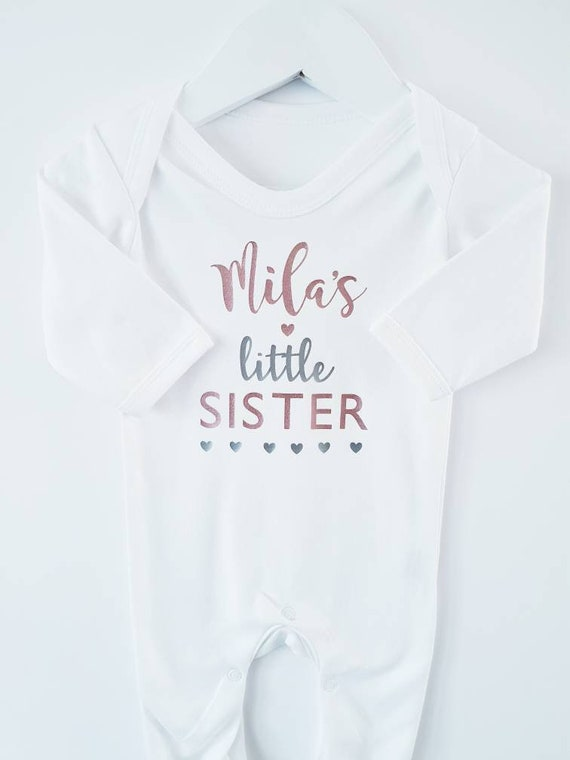 Little Sister Personalised Baby Vest Baby Grow 100/% Cotton Boys Girls Bodys