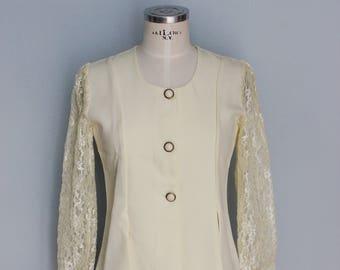 386a0f8057b Yellow blazer