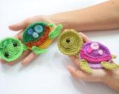 Crochet turtoise applique, sea animals appliques, baby blanket, afghans, decor,