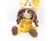Crochet Giraffe Doll. Crochet Giraffe outfit amigurumi doll