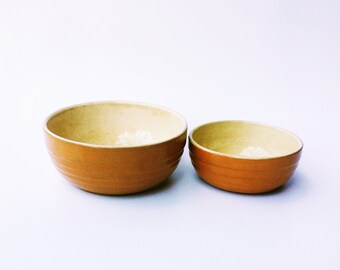 Set of 2 vintage handmade ceramic bowls serving dish clay kitchenware russian ussr pancake batter Soviet era, one big one small (1970s)