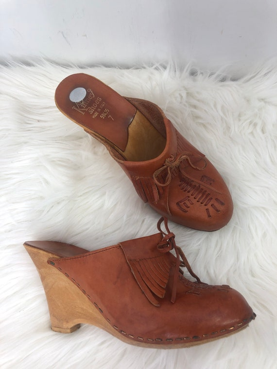 Vintage faux wood wedge clogs heels southwest 70s