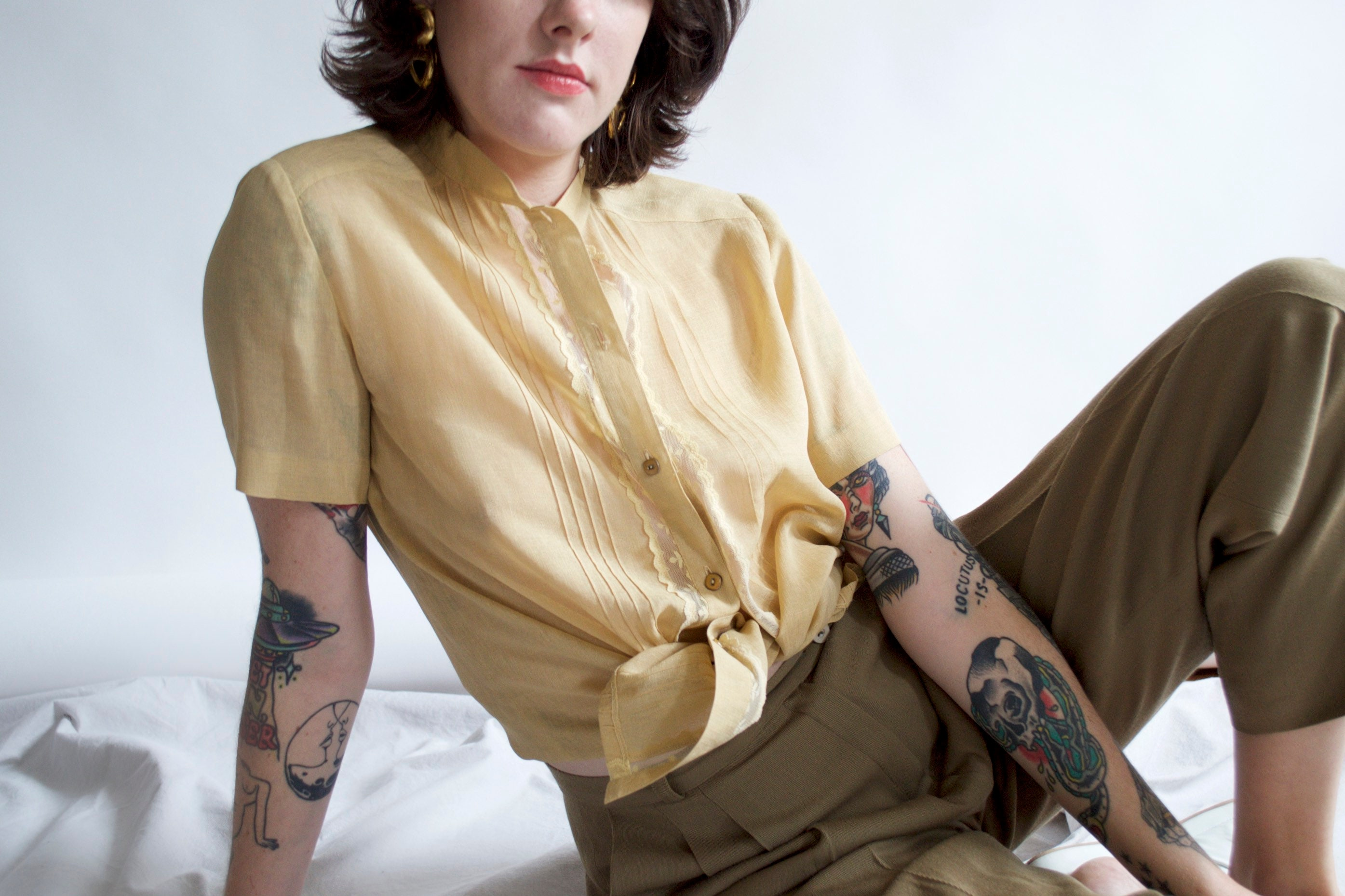 2b9dcad0efaed vintage mustard blouse mandarin collar button up lace collar