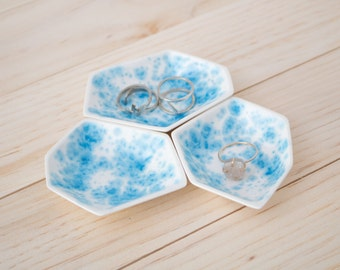 Small Geometric Ring Dish set of 3 in Enamel.