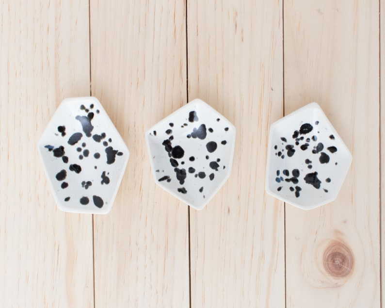 Small Geometric Ring Dish set of 3 in Ink Spots. image 0