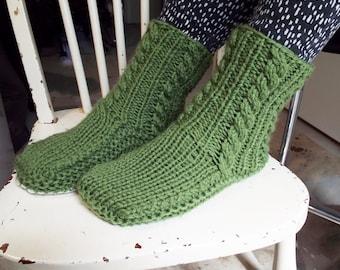 f84626e533d257 Gorgeous Green Sheepskin and Wool Slipper Socks