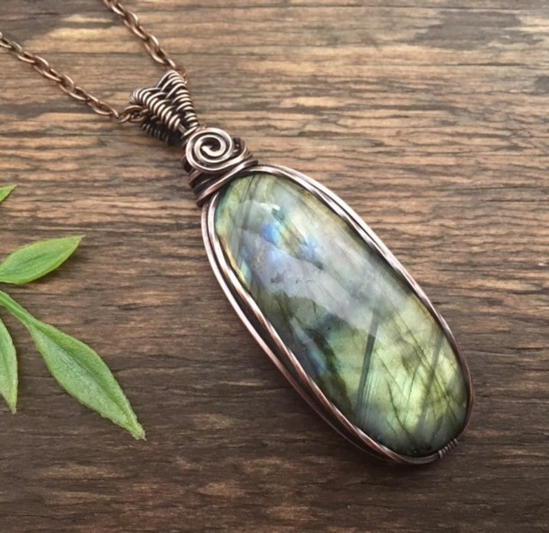 Bohemian Jewelry Labradorite Pendant Healing Stone Green Labradorite Crystal Necklace Gypsy Wire Wrapped Copper Pendant Hippie