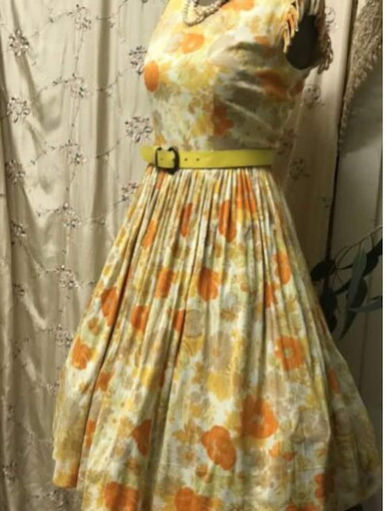 Vintage1950/'sOrange and beigefloralParty dressSize 10-12