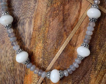 Labradorite and Agate chunky necklace