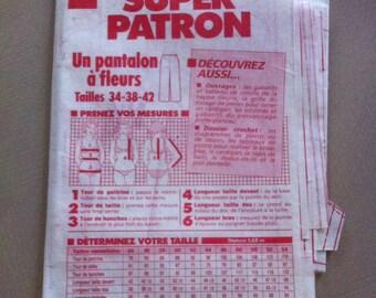 prima pattern pants with flower pattern medium size 34/38