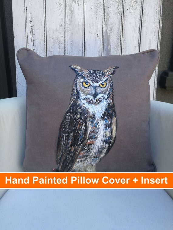 DIY Painted Owl Pillow Cover | Owl