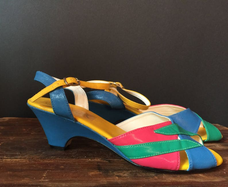 Vintage Size 7 Colorful Heeled Faux Leather Slingback Sandals