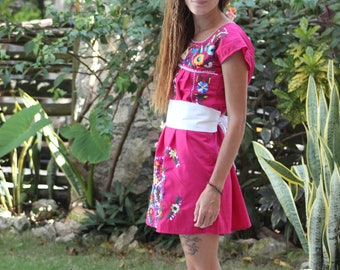 Z - Fair Trade Huipil TunicHuipil Tunic with a Twist