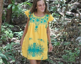 Z - Fair Trade Huipil TunicHuipil Dress with a Twist