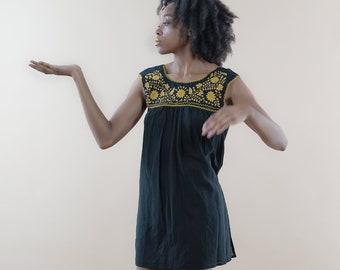 V-Back Organic Cotton Black Dresses