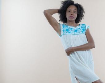 V-Back Organic Raw Cotton Dresses
