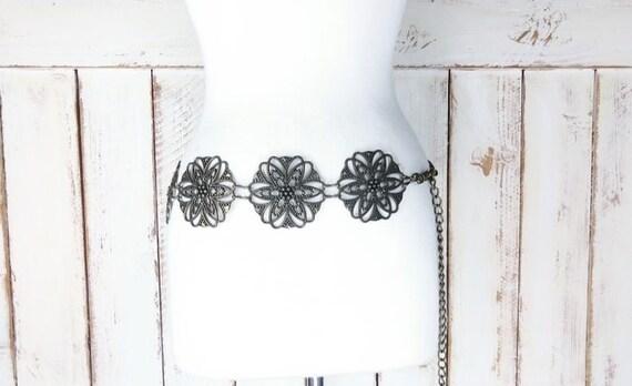 Vintage wide metal floral chain belt/wide metal fl