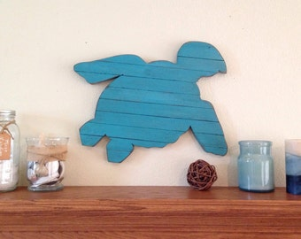 Rustic Turquoise Pallet Turtle, sea turtle, surf decor, wood turtle, turtle sign, pallet beach decor