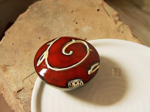 Colorful Handmade Pottery Salt or Pepper Shaker, Red and Green Pottery Salt Celler, Kitchen Decoration, Ceramic Salt Shaker, Danko Pottery