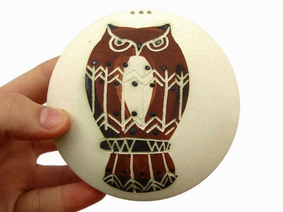 Stoneware Salt Shaker, Pepper Shaker, Cute Pottery, Ceramic Owl, Cute Bird, Handmade Pottery, Lead Free Pottery, Danko Pottery
