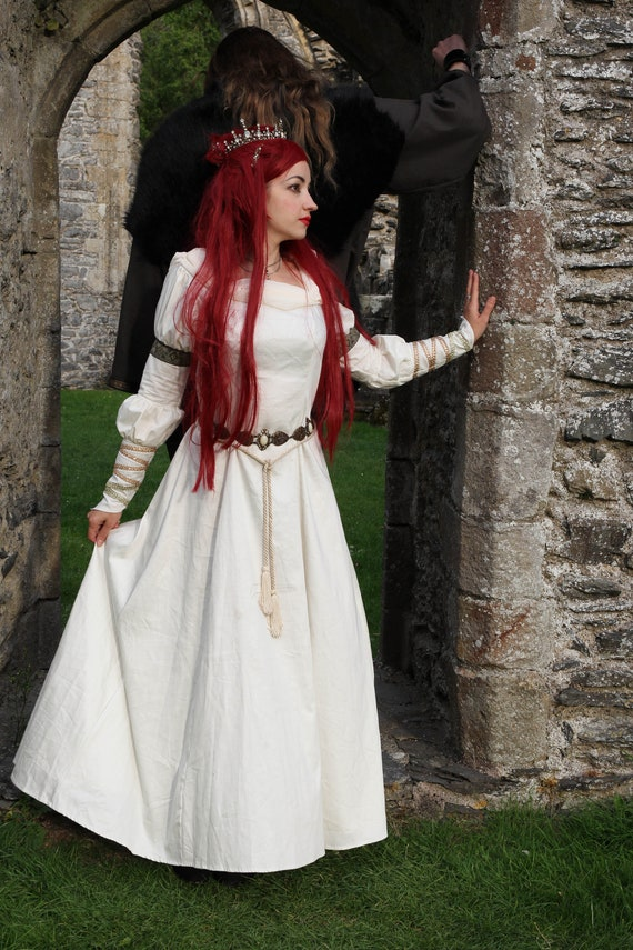 Guinevere Dress Medieval Arthurian Celtic Renaissance | Etsy