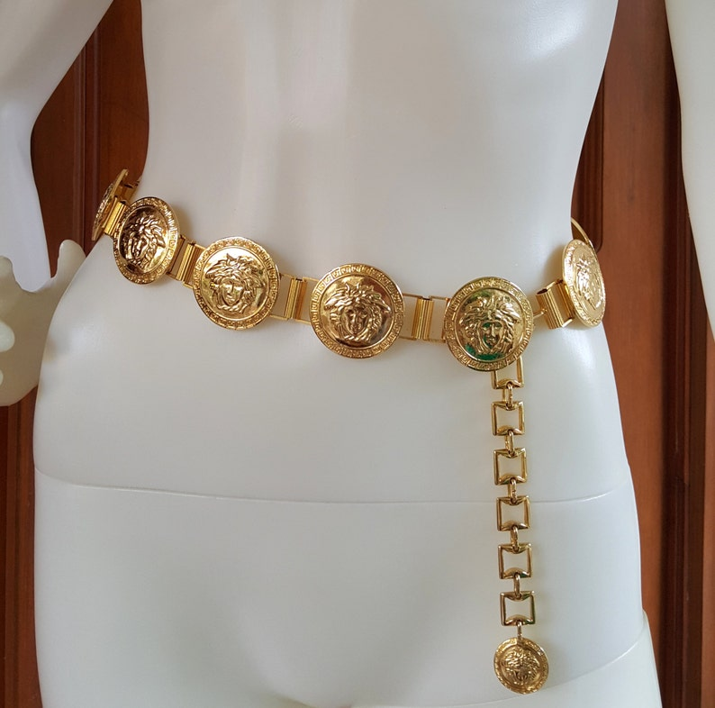 1be8ae5ba576 Vintage Gianni Versace Gold Medusa Chain Belt