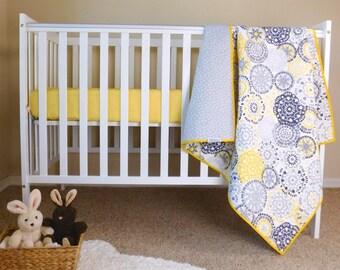 Jaune Et Gris Baby Quilt Bebe Literie Lit Courtepointes Etsy