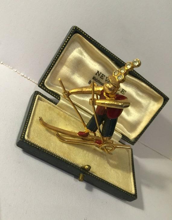 Vintage Skiing Brooch, Skiing brooch, Ski Brooch,