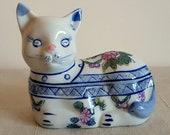Vintage Porcelain Cat Trinket Box