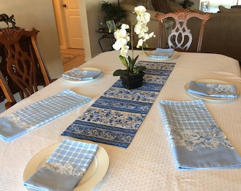 Blue Floral Table Runner and Napkin Set - Blue and White Floral Linens - Wedgewood Runner- Blue Gingham Linens