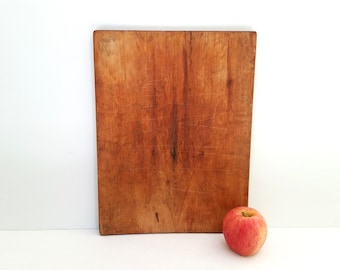 Antique Wooden Cutting Board . Solid Wood Cutting Board . Vintage Kitchen . Farmhouse Style . Rustic Primitive . Cookware . Home Decor .