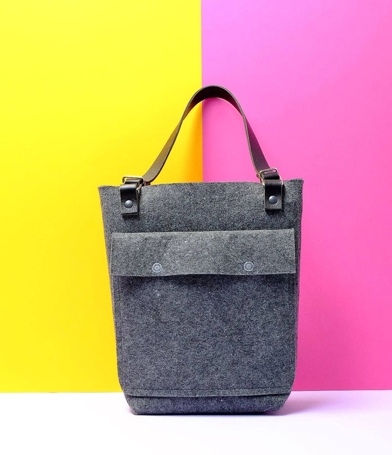 4d1419361b7 Vilten tas met leren hengels Felt handbag with leather | Etsy