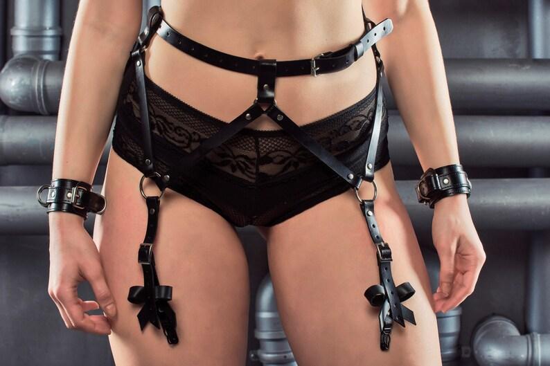 Thigh Harness Leg Garter Belt Bondage Lingerie Cage Reddpics 1