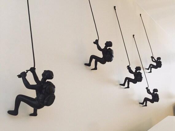 5 Piece Climbing Sculpture Wall Art Gift Climbing Resin Home Decor BRONZE