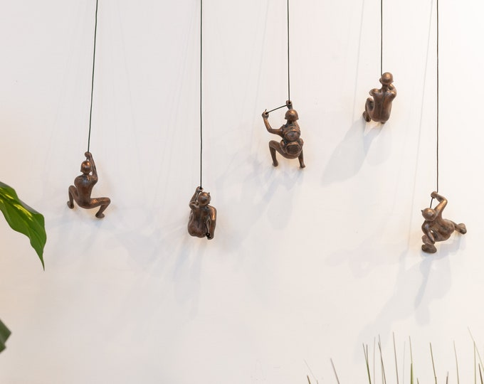 Featured listing image: 5 Piece Climbing Sculpture Wall Art Gift For Home Decor Interior Design Rock Climber Climbing Man Contemporary Artwork Resin BRONZE ANTIQUE