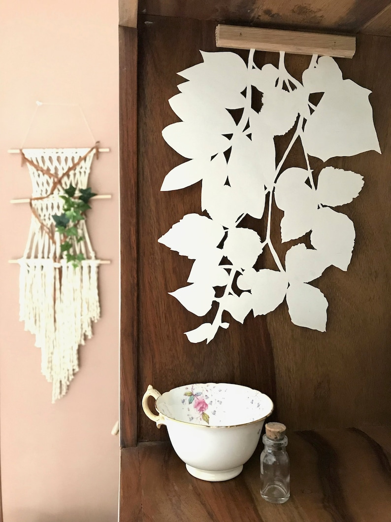 Wall hanging plant pattern small model image 0